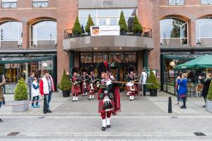Bevrijdingsdag taptoe op Slot Zeist georganiseerd door Stichting muziekstad Zeist
